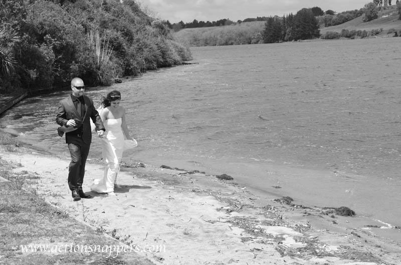 Wedding photos at the Boat Shed Karapiro